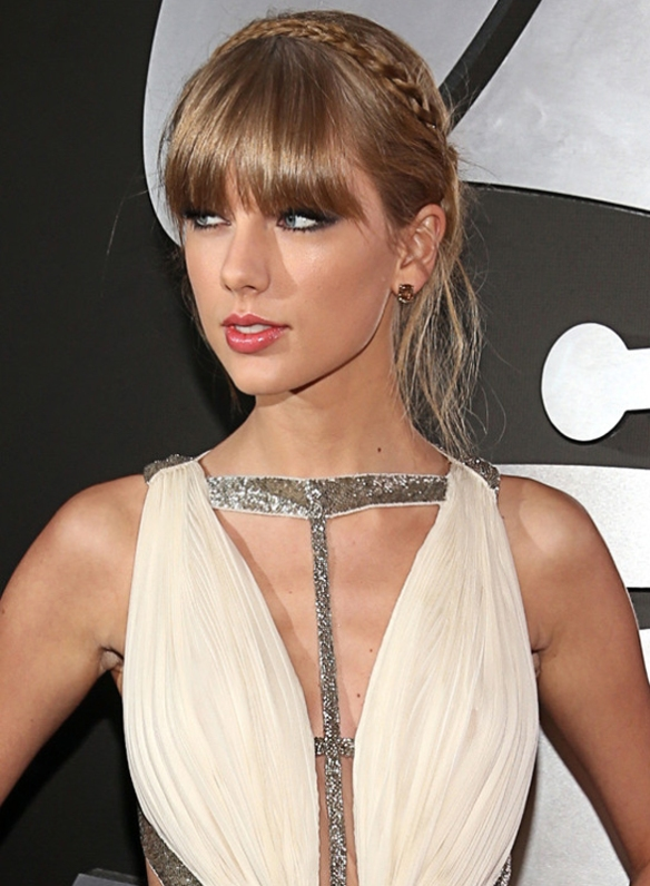 o-TAYLOR-SWIFT-GRAMMYS-DRESS-2013-570-1